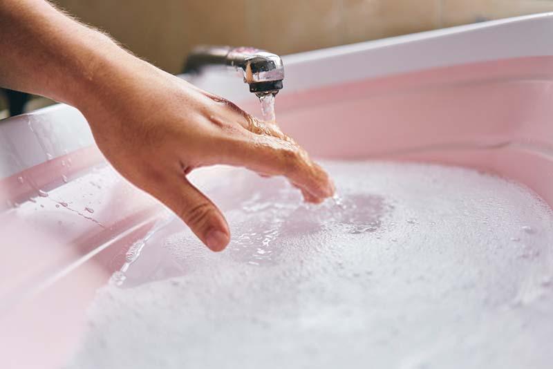 Hand wash electric blanket