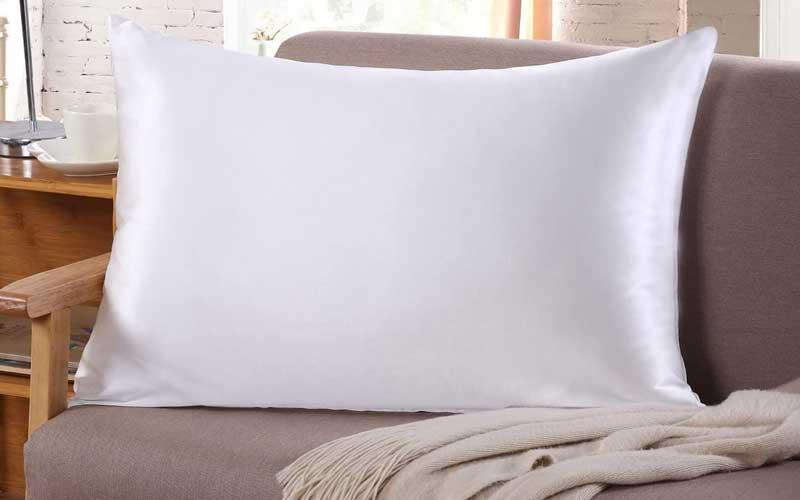 silk pillowcases prevent wrinkles