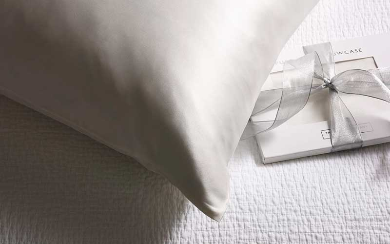 how to dry a silk pillowcase
