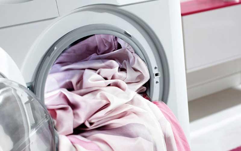 How to wash a silk pillowcase?