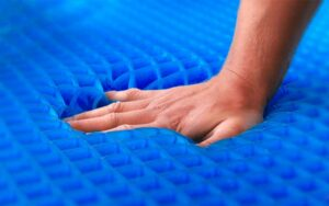 What are the benefits of a gel mattress?