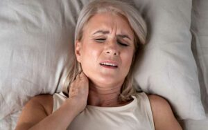 Do orthopaedic pillows help with neck pain?